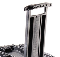close up of the peli 0450 mobile tool chest Retractable extension handle