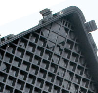 close up of peli 0500 transport cases Reinforced honeycomb deck and lid for added strength