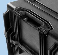 close up of Peli 1780 transport case Fold down handles