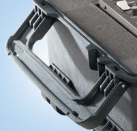 close up of Peli 1670 case Two oversized fold down handles for extra grip