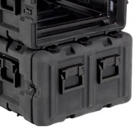 close up of peli hardigg blackbox 4u rack mount cases Lid hangers which allow the lid to hang easily from the side of the case