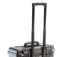 a close up of a black peli IM2435 Storm case 38in (96.5cm) Retractable Extension Handle