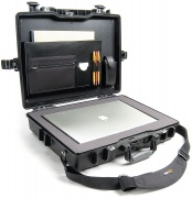 Peli 1495CC2 Laptop Case